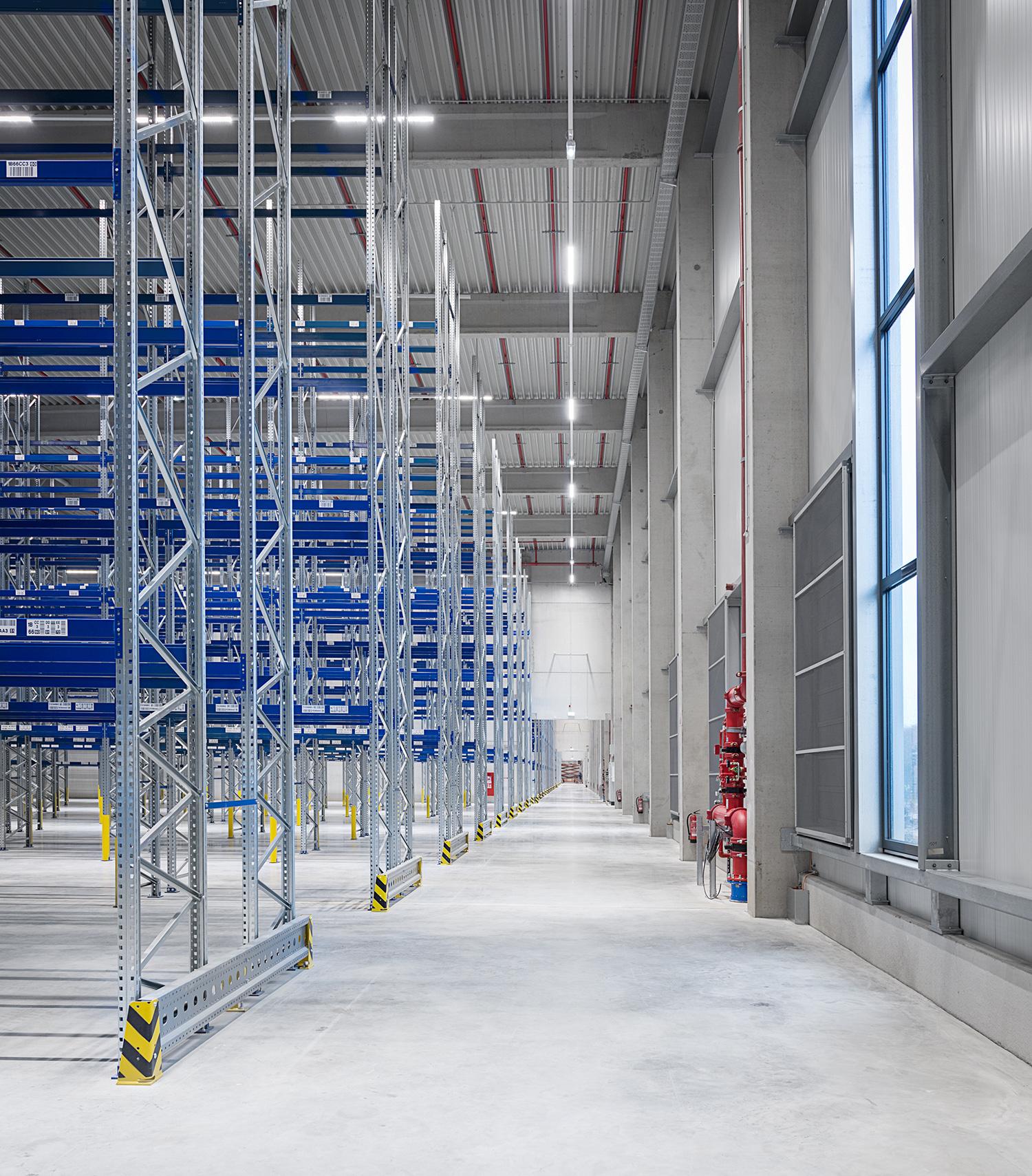 Medline logistics centre in Kleve - BREMER